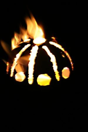 Gartenfackel feuerkugel sonne aus edelstahl fackel - Feuerkugel garten ...